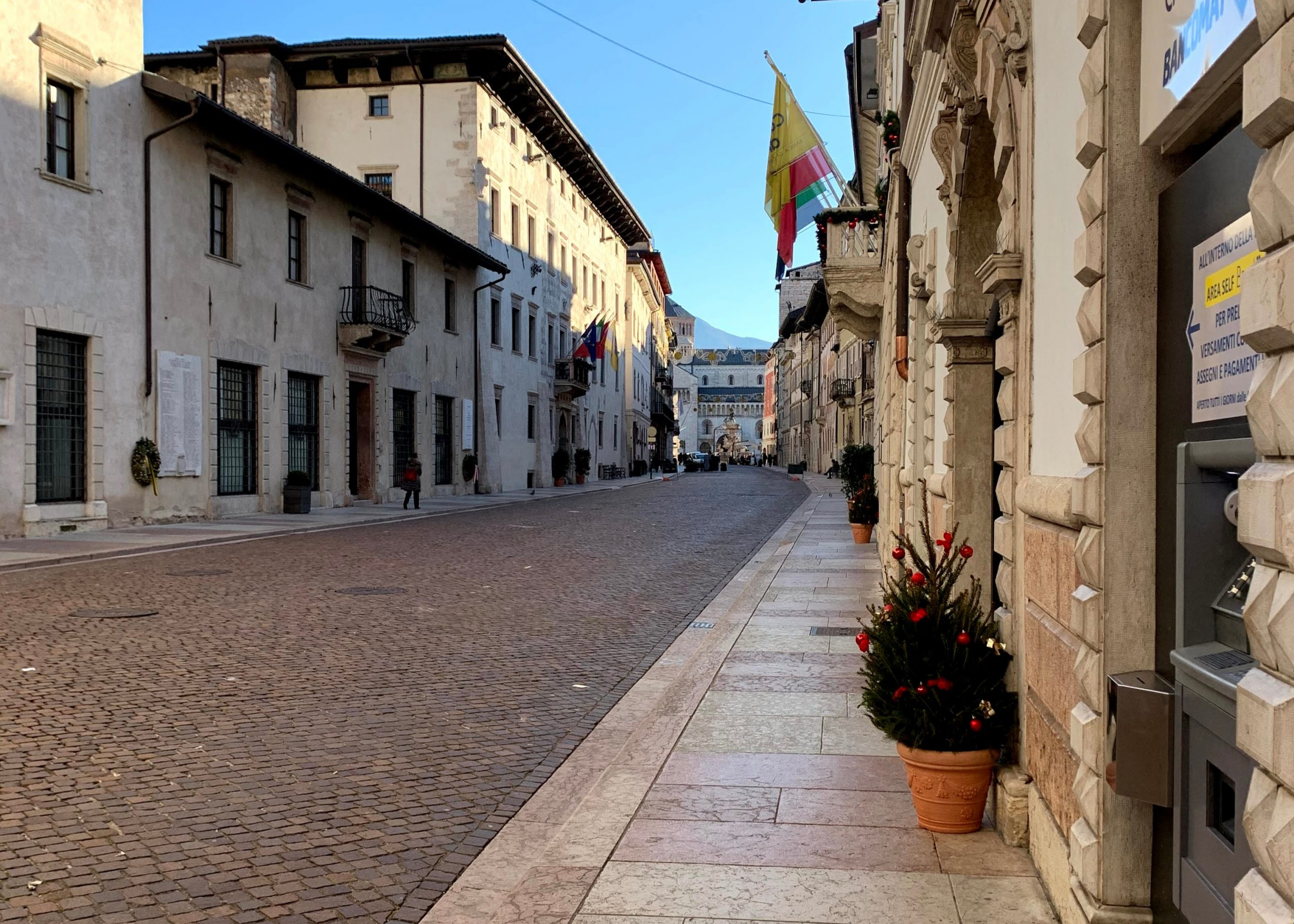 empty streets of Italy amidst the covid-19 red alert