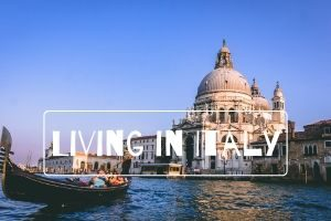Living in Italy (1)